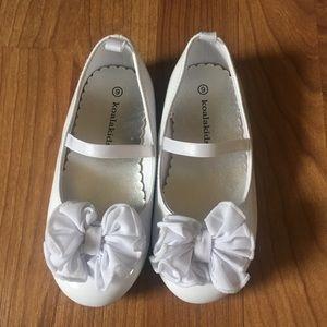 NWOT white dress shoes